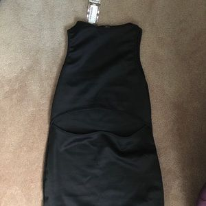 Black boohoo dress